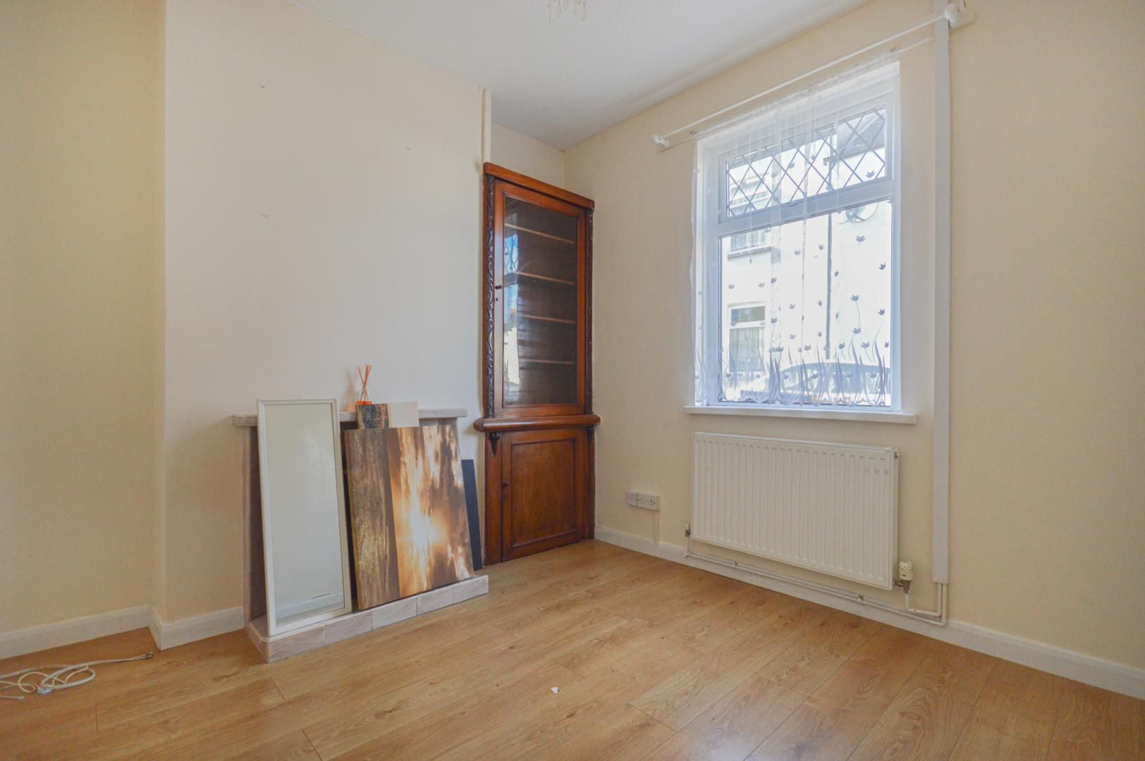 2 bed house to rent in Arthur Street 12
