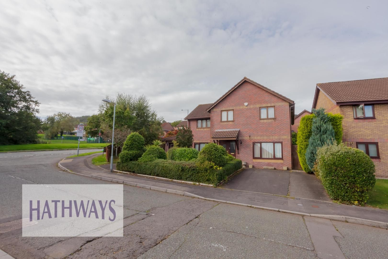 5 bed house for sale in Primrose Court, NP44
