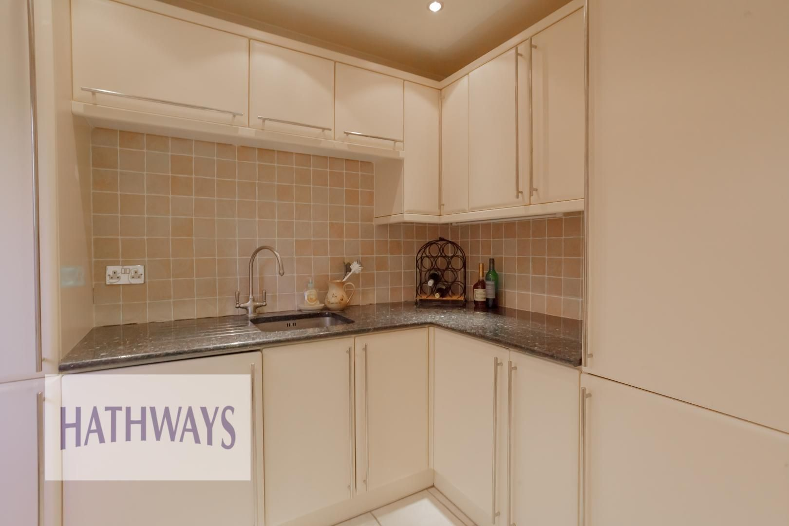 5 bed house for sale in Primrose Court 28