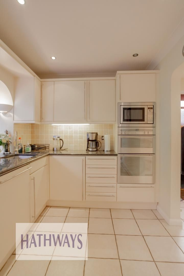 5 bed house for sale in Primrose Court 30