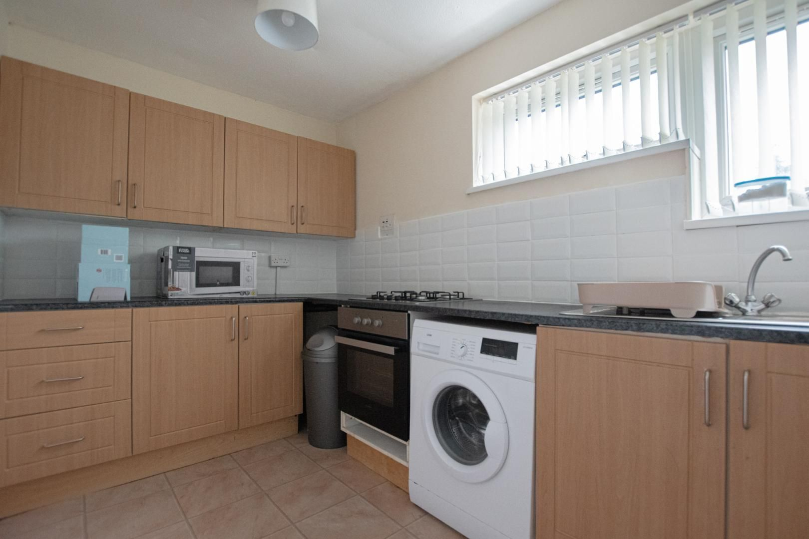 1 bed flat to rent in Drayton Court 2