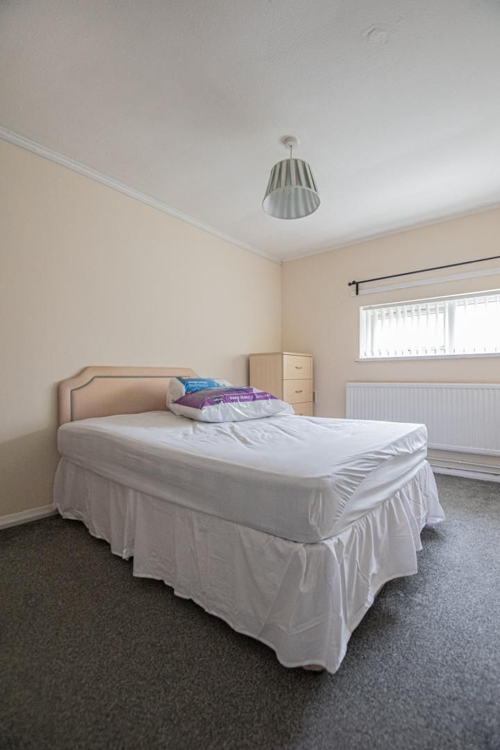 1 bed flat to rent in Drayton Court 17