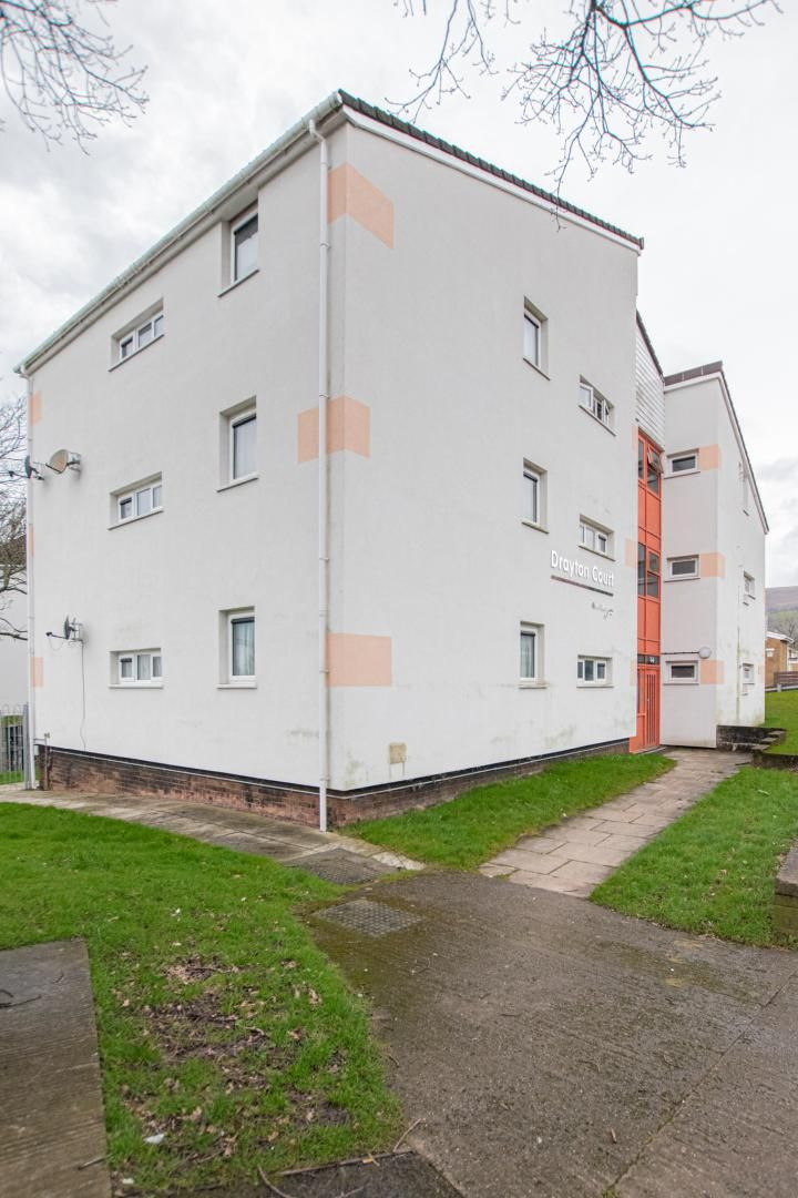 1 bed flat to rent in Drayton Court 21