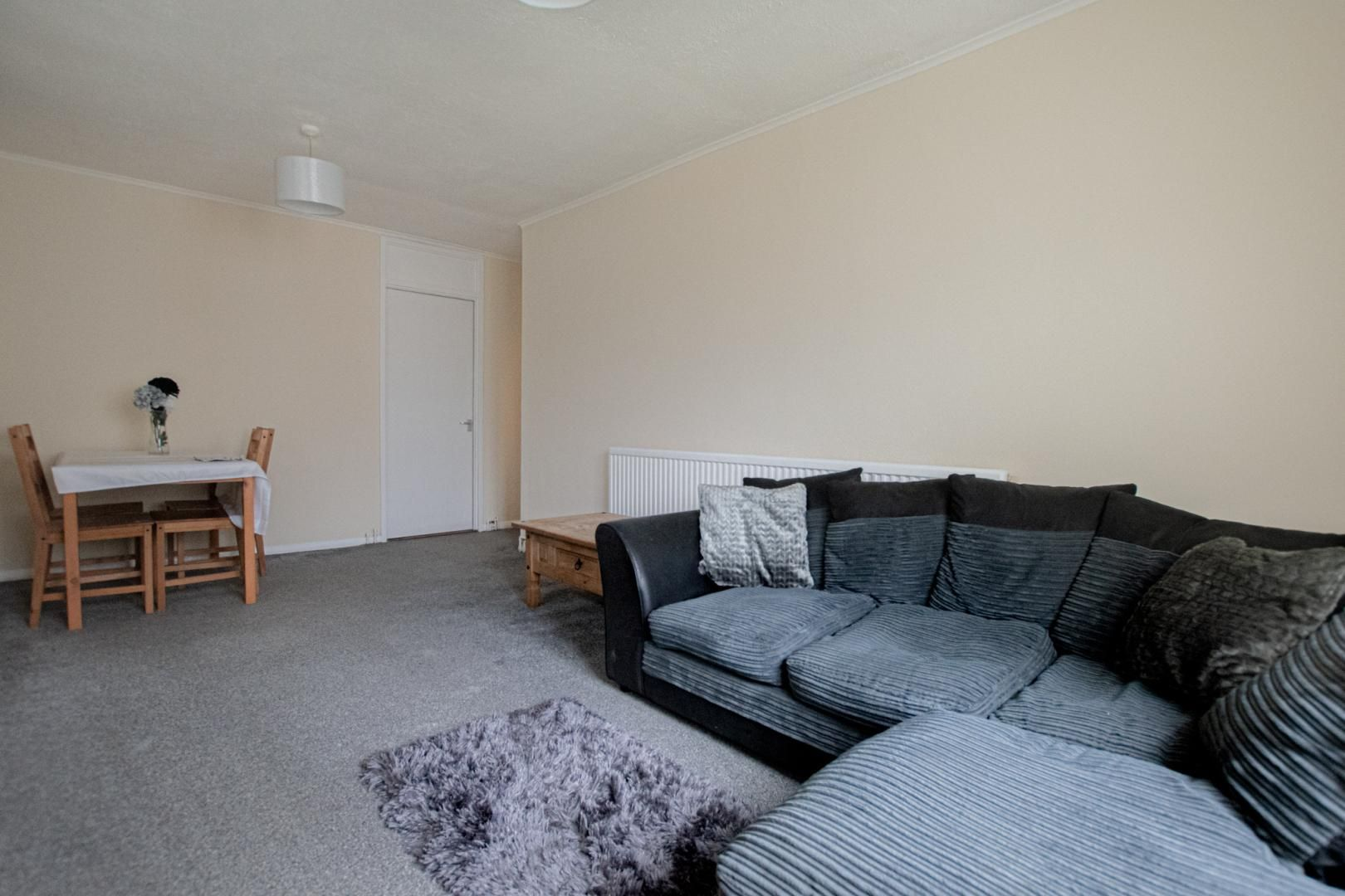 1 bed flat to rent in Drayton Court 7