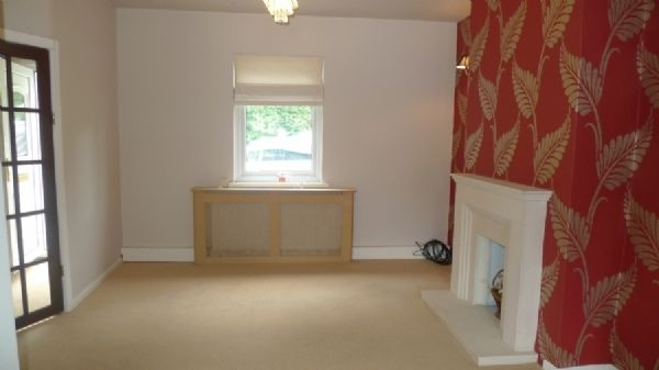 2 bed house to rent in Oaklands Terrace 1