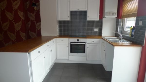 2 bed house to rent in Oaklands Terrace 4