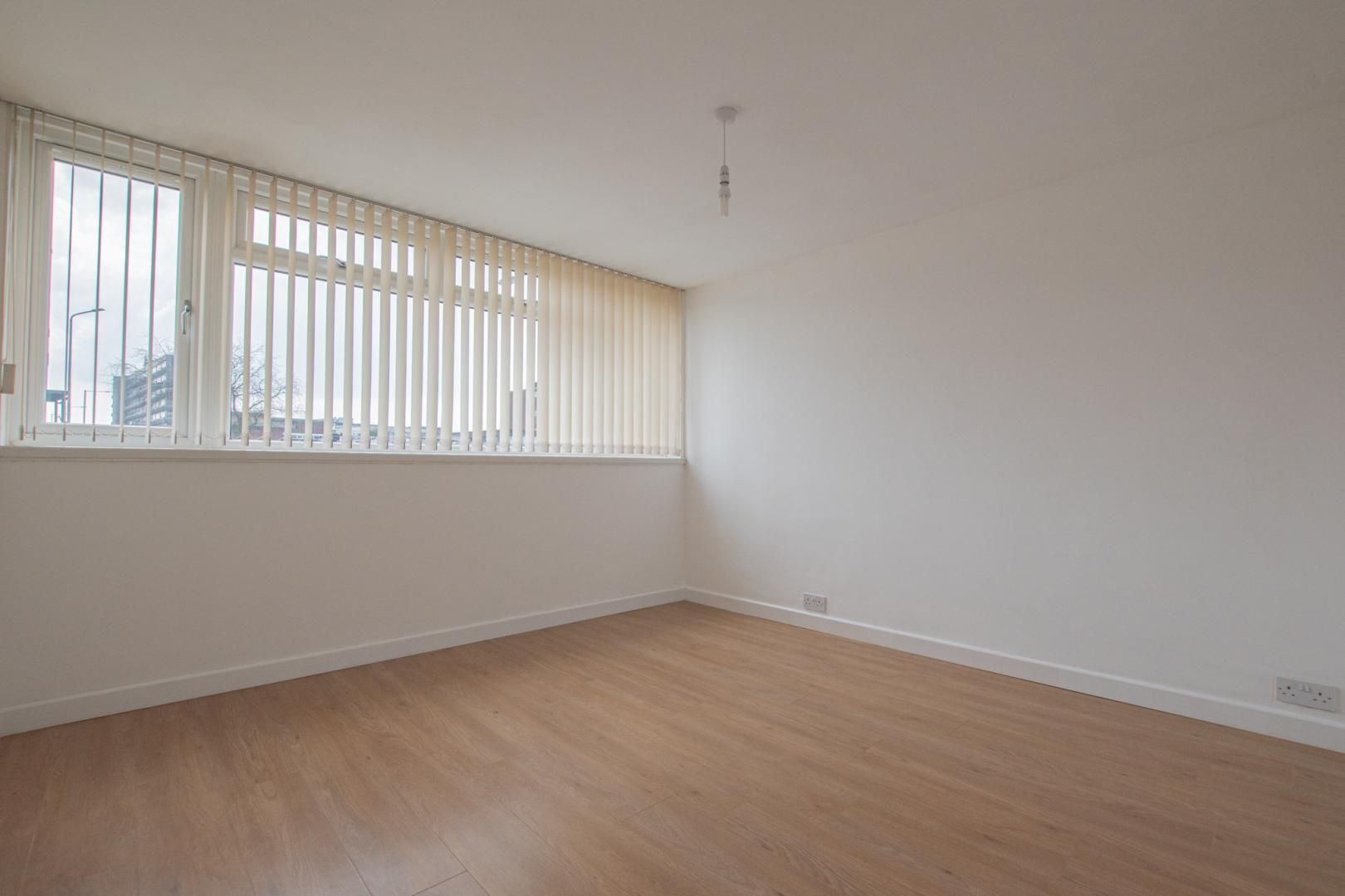 1 bed flat to rent in Plas Craig  - Property Image 12
