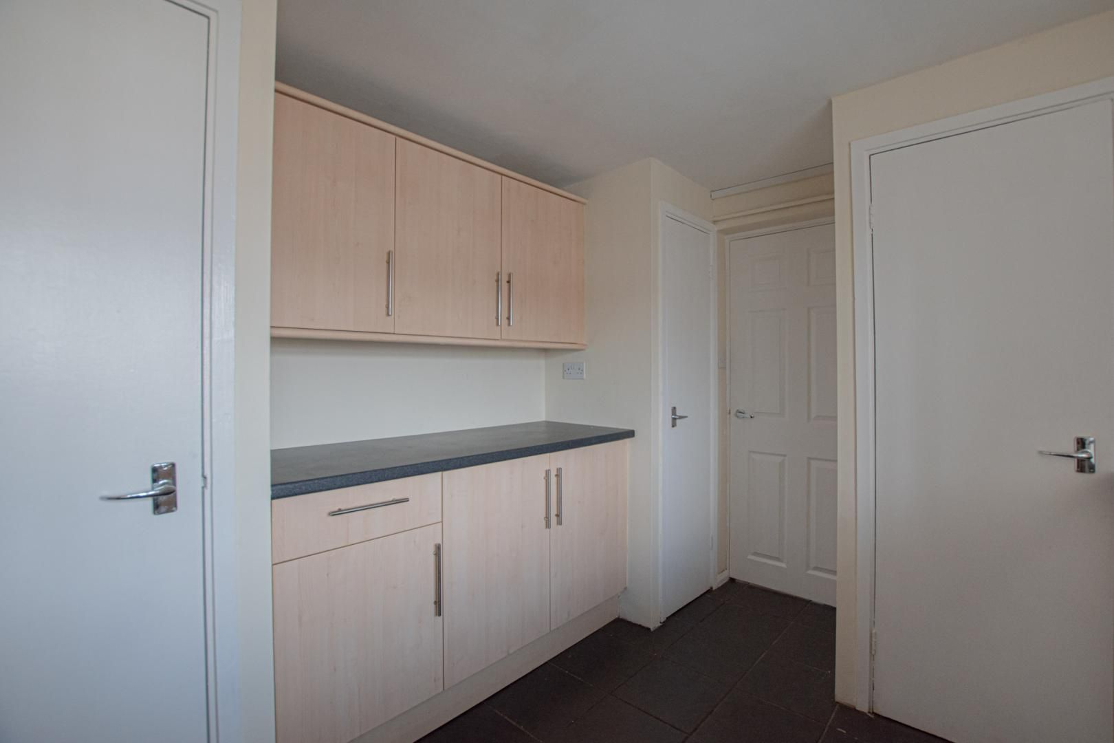 1 bed flat to rent in Plas Craig 4