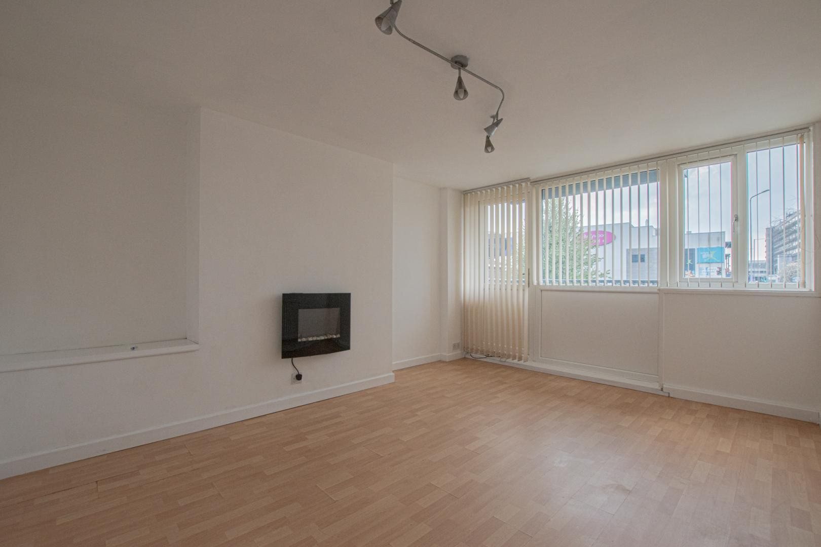1 bed flat to rent in Plas Craig  - Property Image 7
