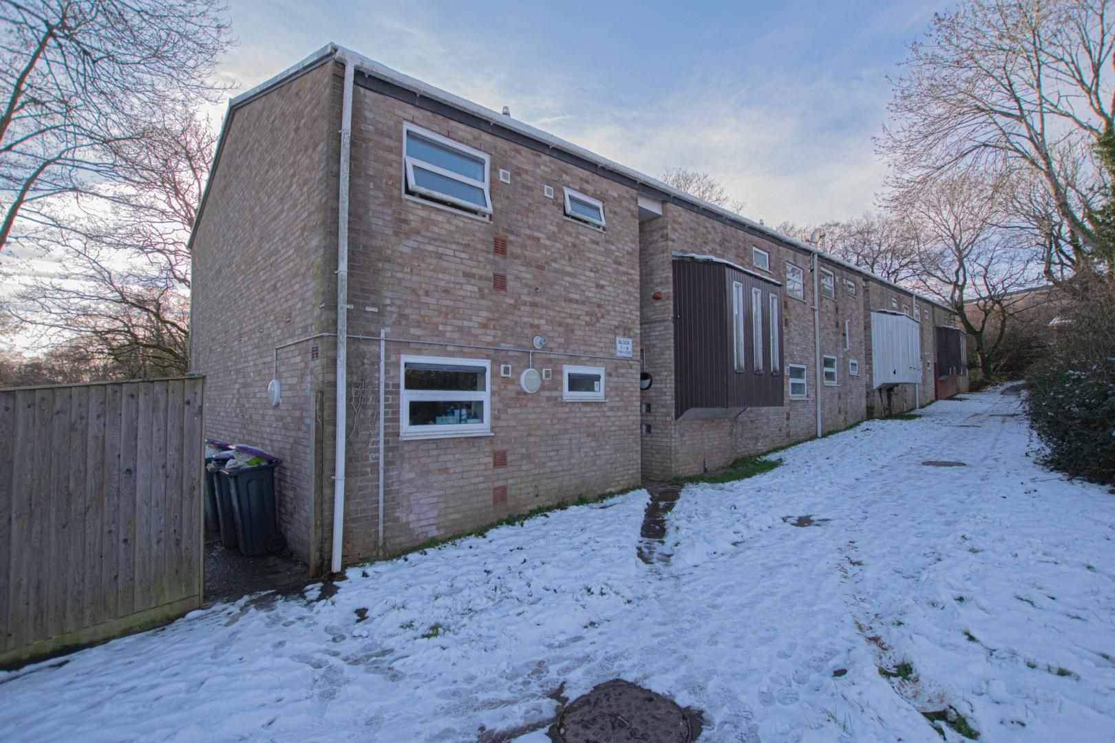 1 bed flat to rent in Tyn Y Coed 1