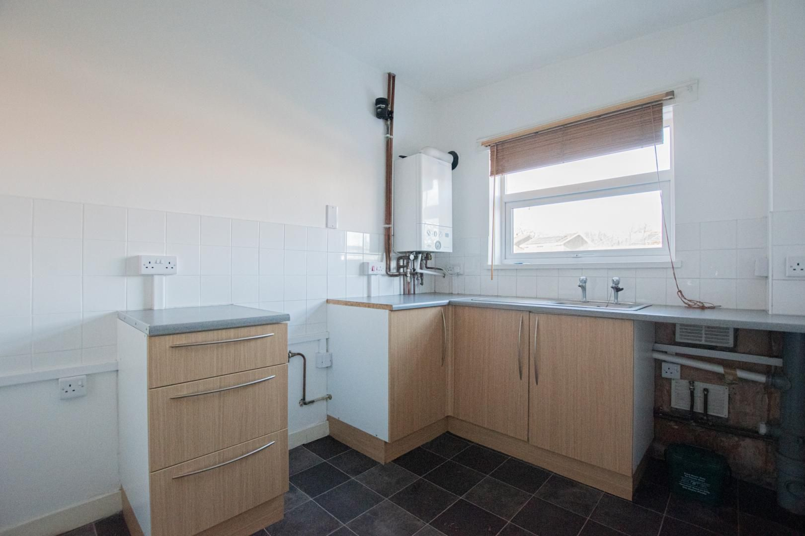 1 bed flat to rent in Tyn Y Coed 2