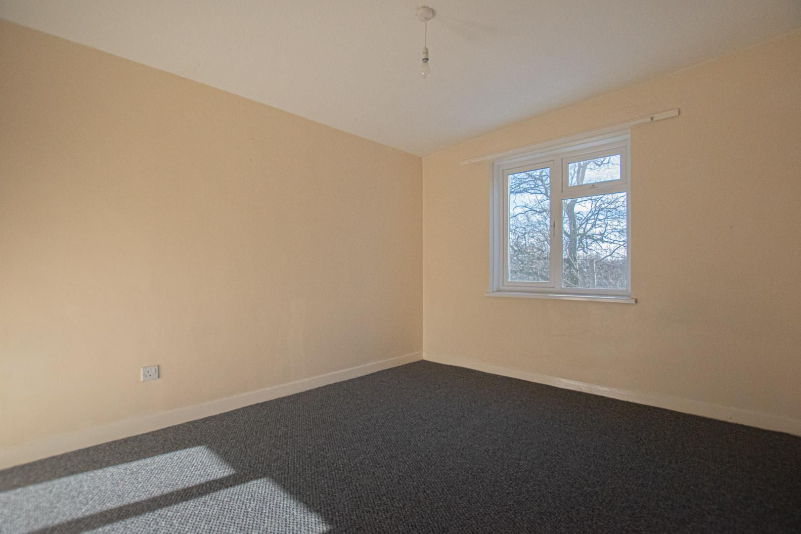 1 bed flat to rent in Tyn Y Coed  - Property Image 11
