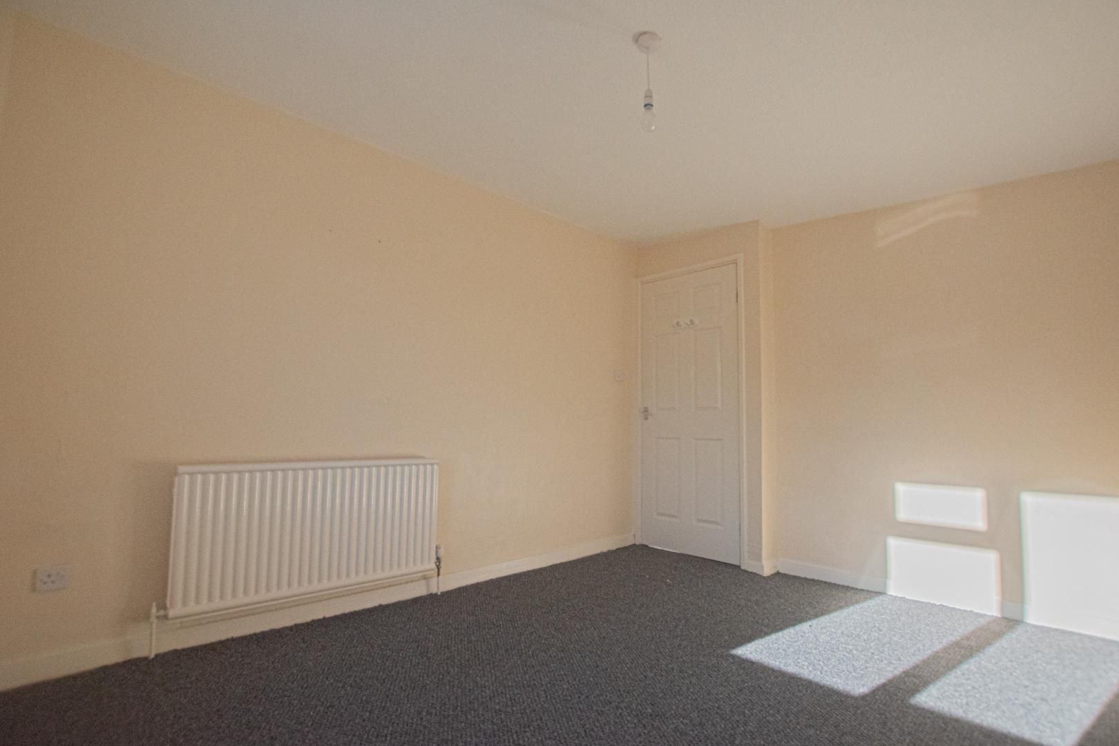 1 bed flat to rent in Tyn Y Coed 12
