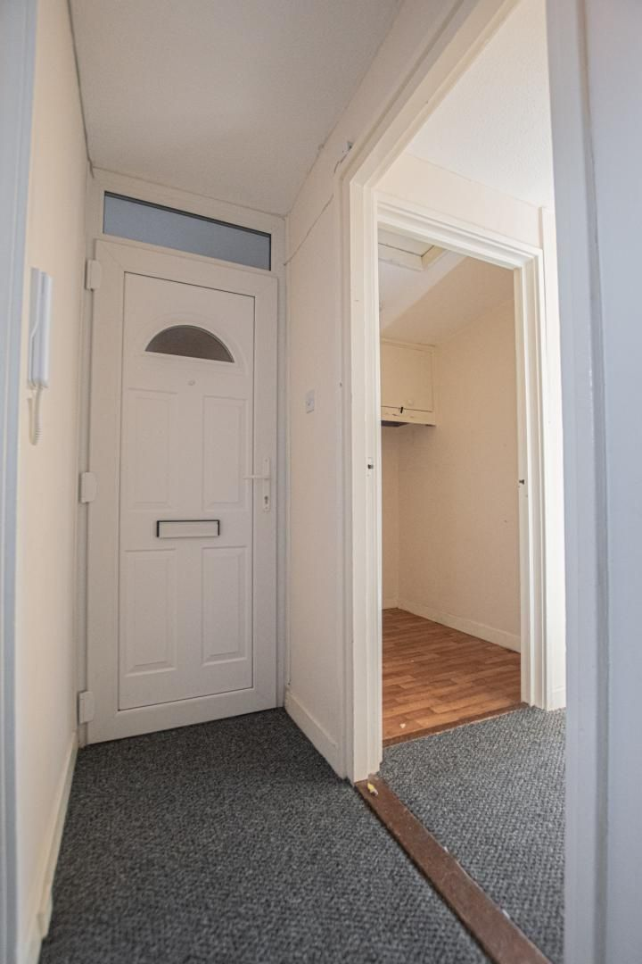 1 bed flat to rent in Tyn Y Coed  - Property Image 13