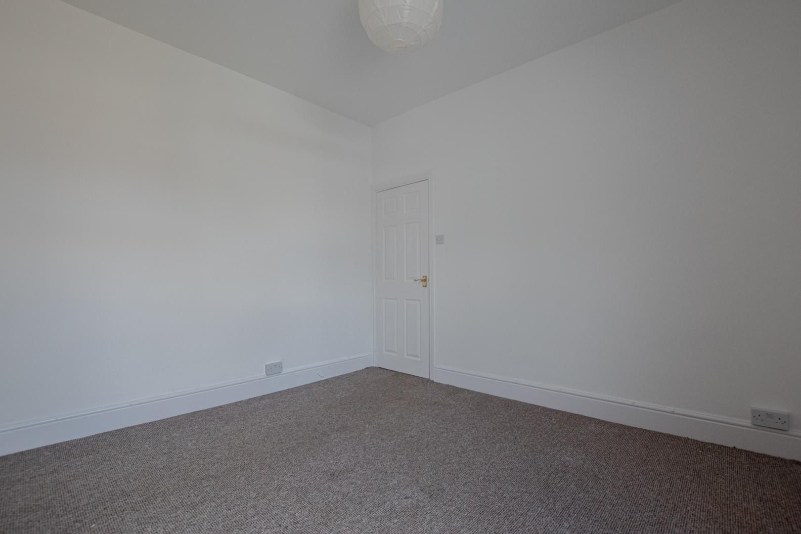 3 bed house to rent in Station Road 27