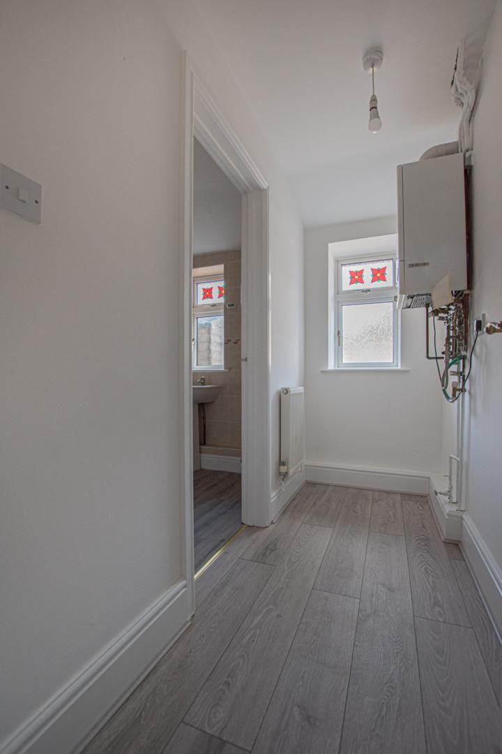 3 bed house to rent in Station Road  - Property Image 9