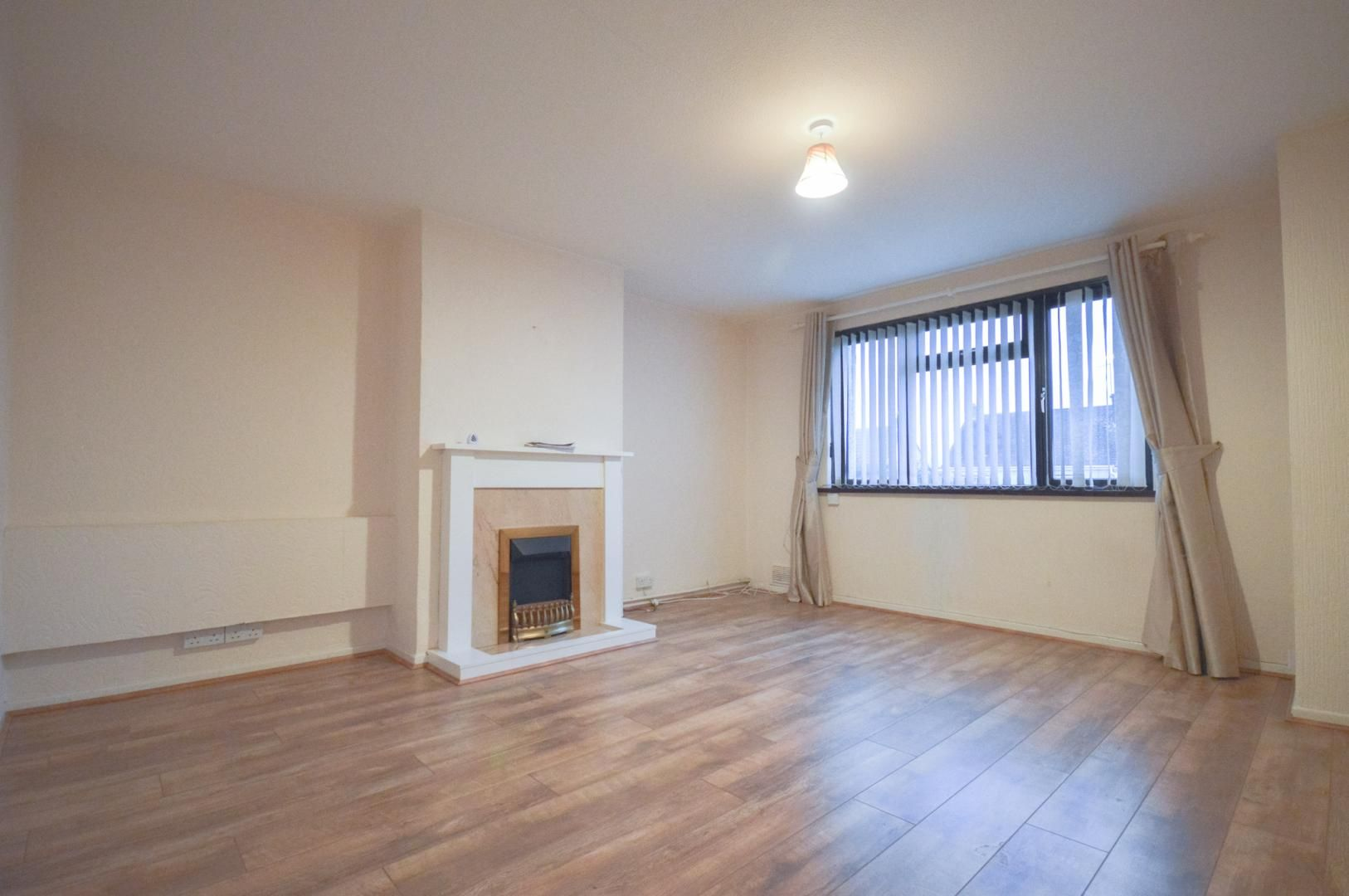 2 bed flat to rent in Glosters Parade  - Property Image 8