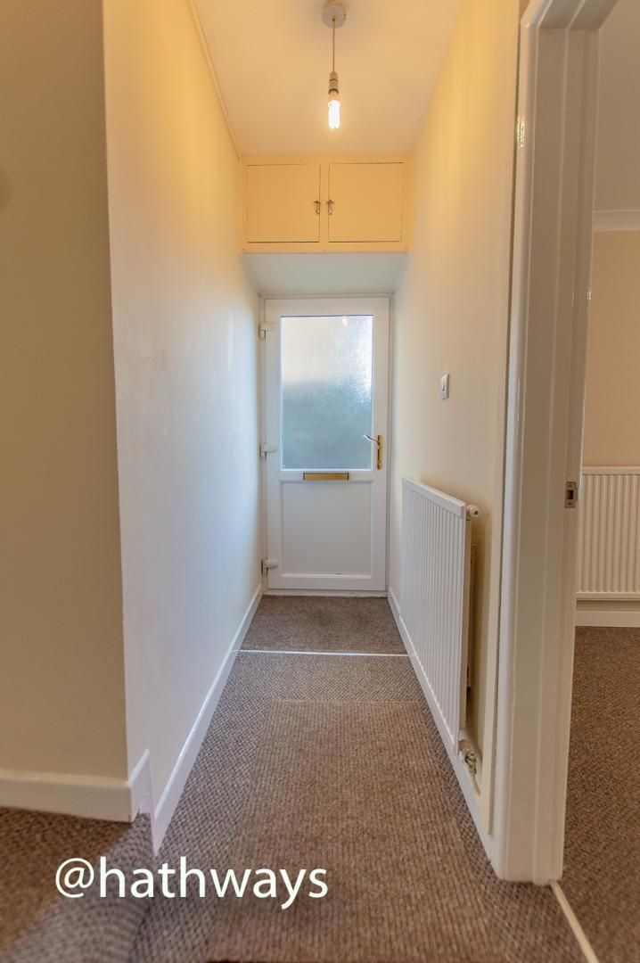 2 bed flat to rent in Newport Road, NP4