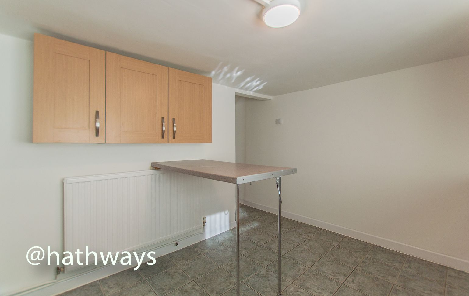 2 bed flat to rent in Newport Road 7