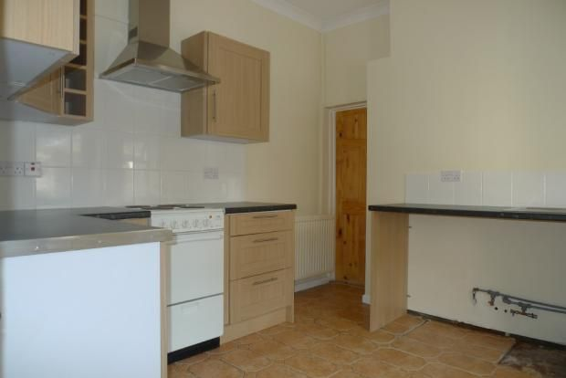3 bed house to rent in Goldcroft Common 3