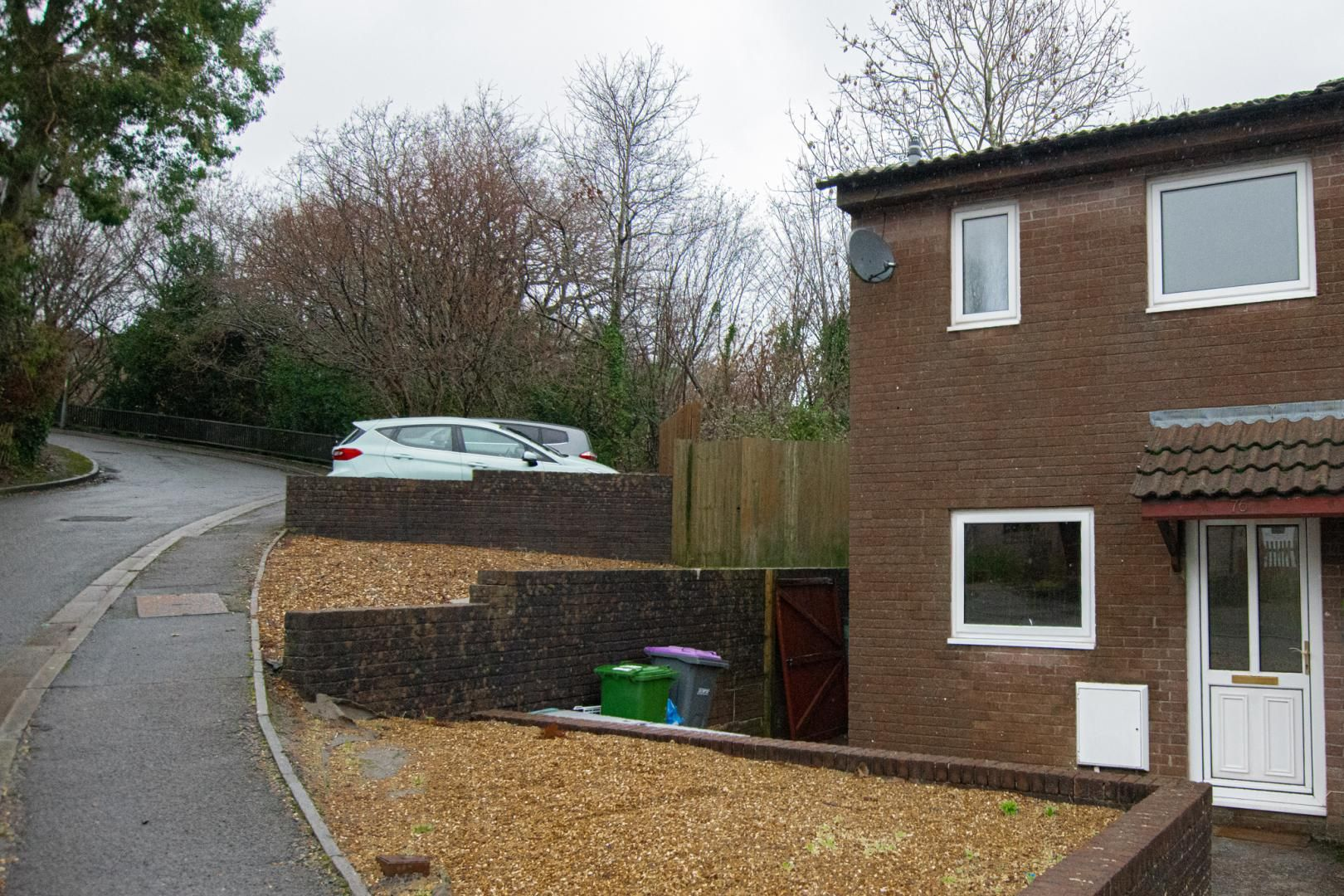 2 bed house to rent in Spring Grove, NP44
