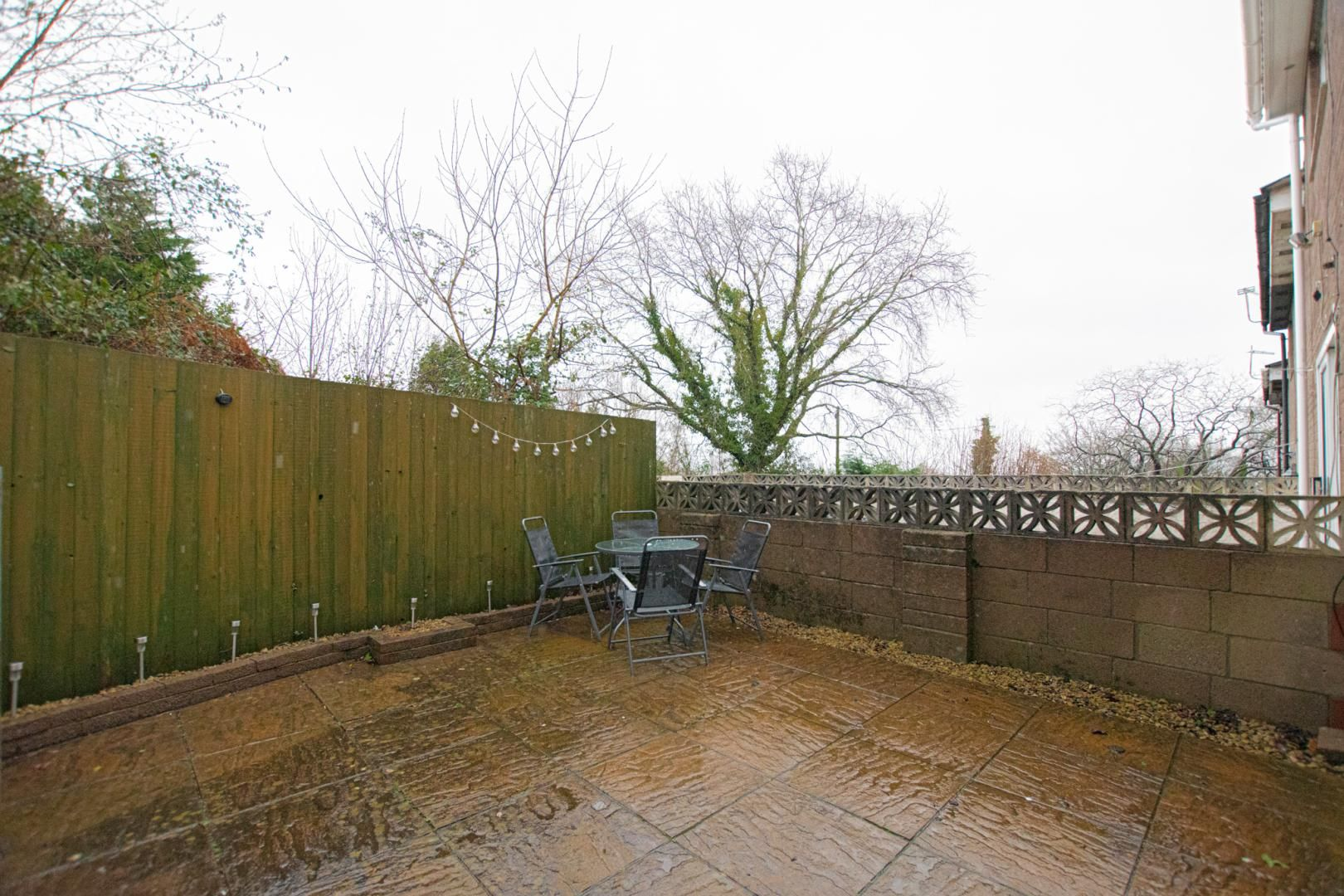 2 bed house to rent in Spring Grove 22