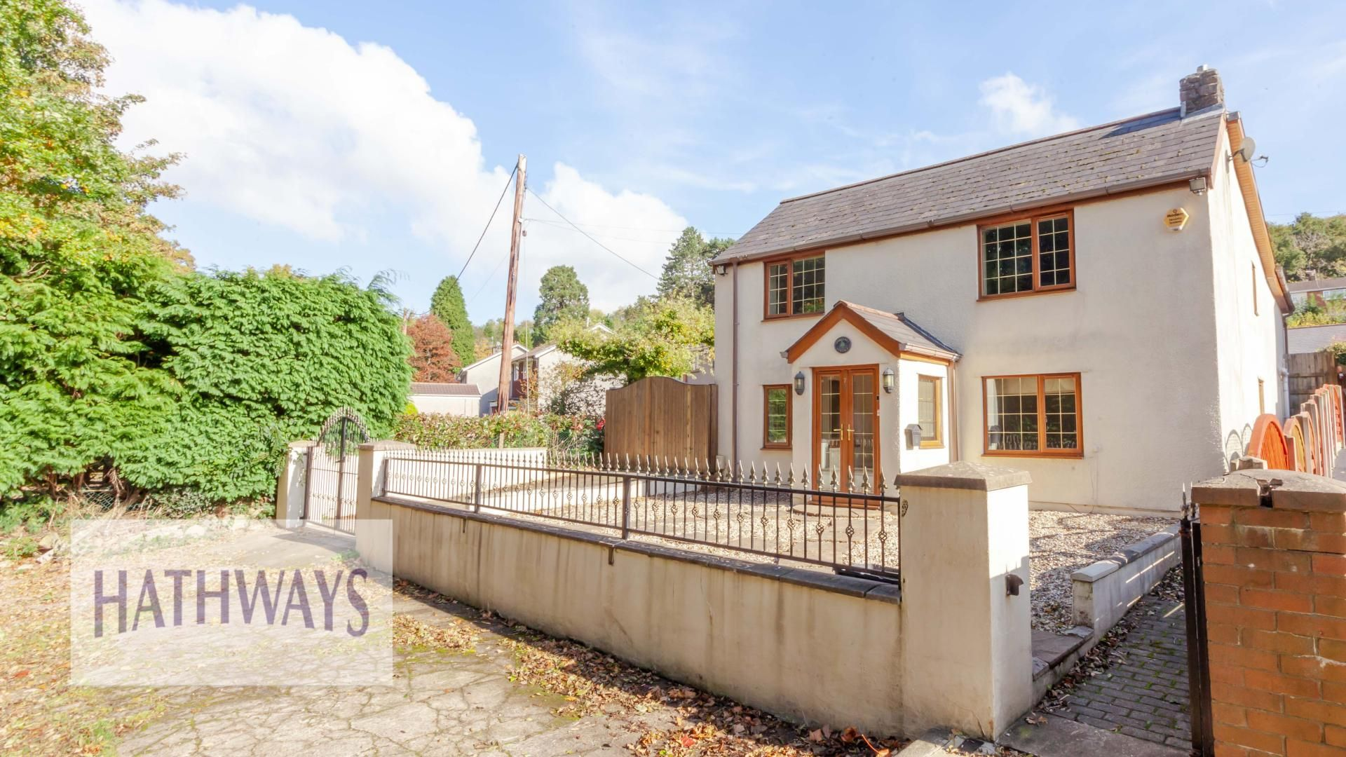 5 bed house for sale in Caerwent Road, NP44