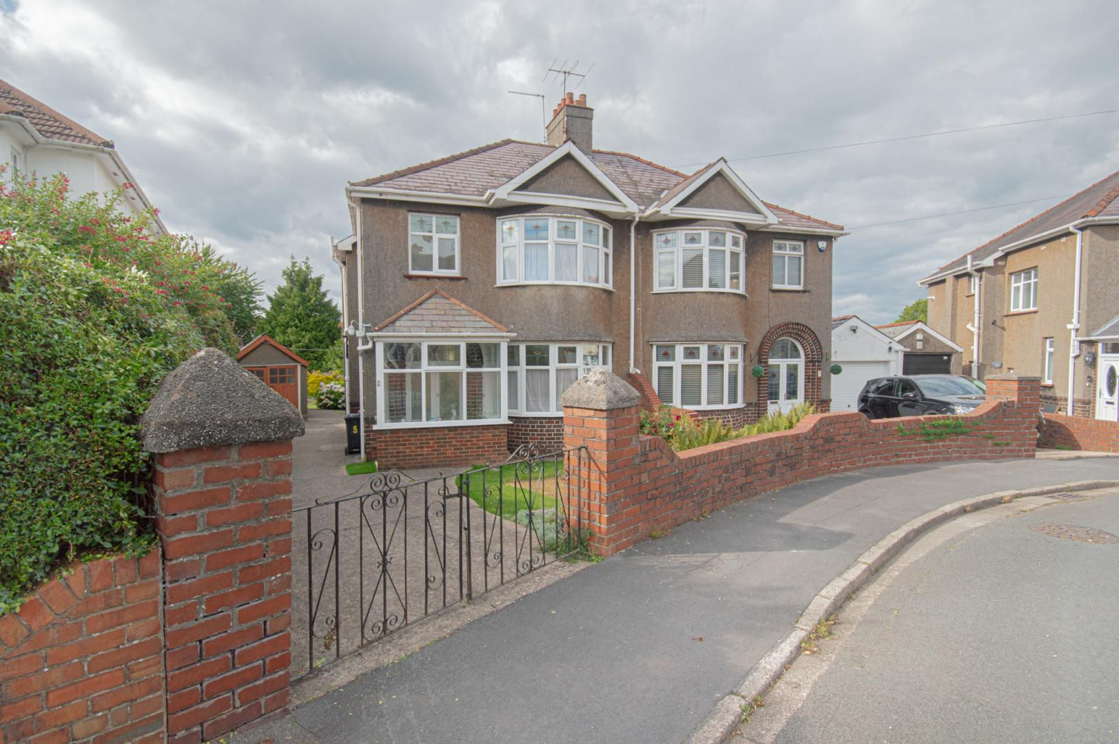 3 bed house to rent in Elaine Crescent, NP19