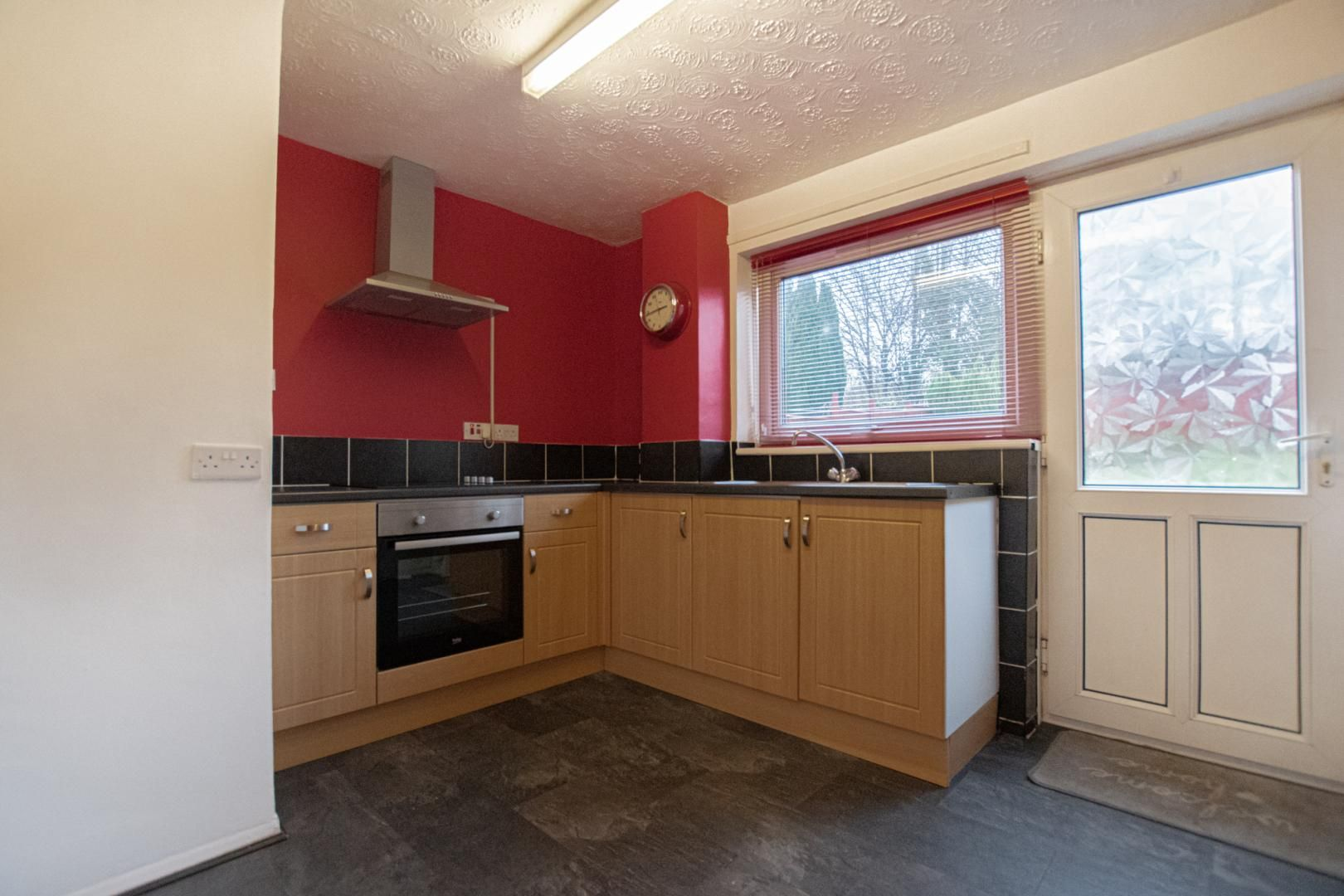3 bed house to rent in Rhodri Place 2