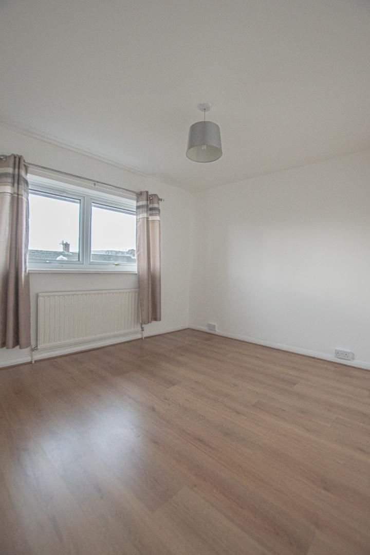 3 bed house to rent in Rhodri Place 12