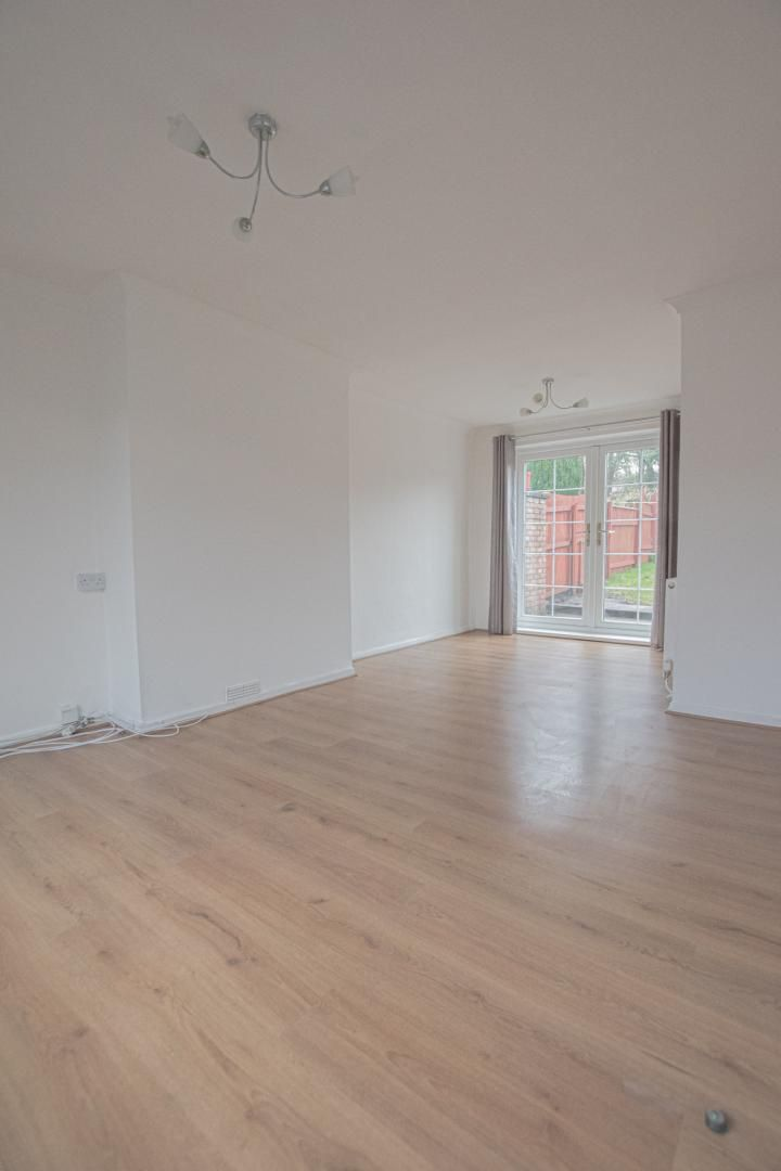 3 bed house to rent in Rhodri Place 7
