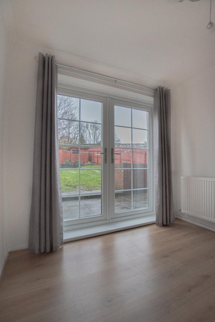 3 bed house to rent in Rhodri Place 10