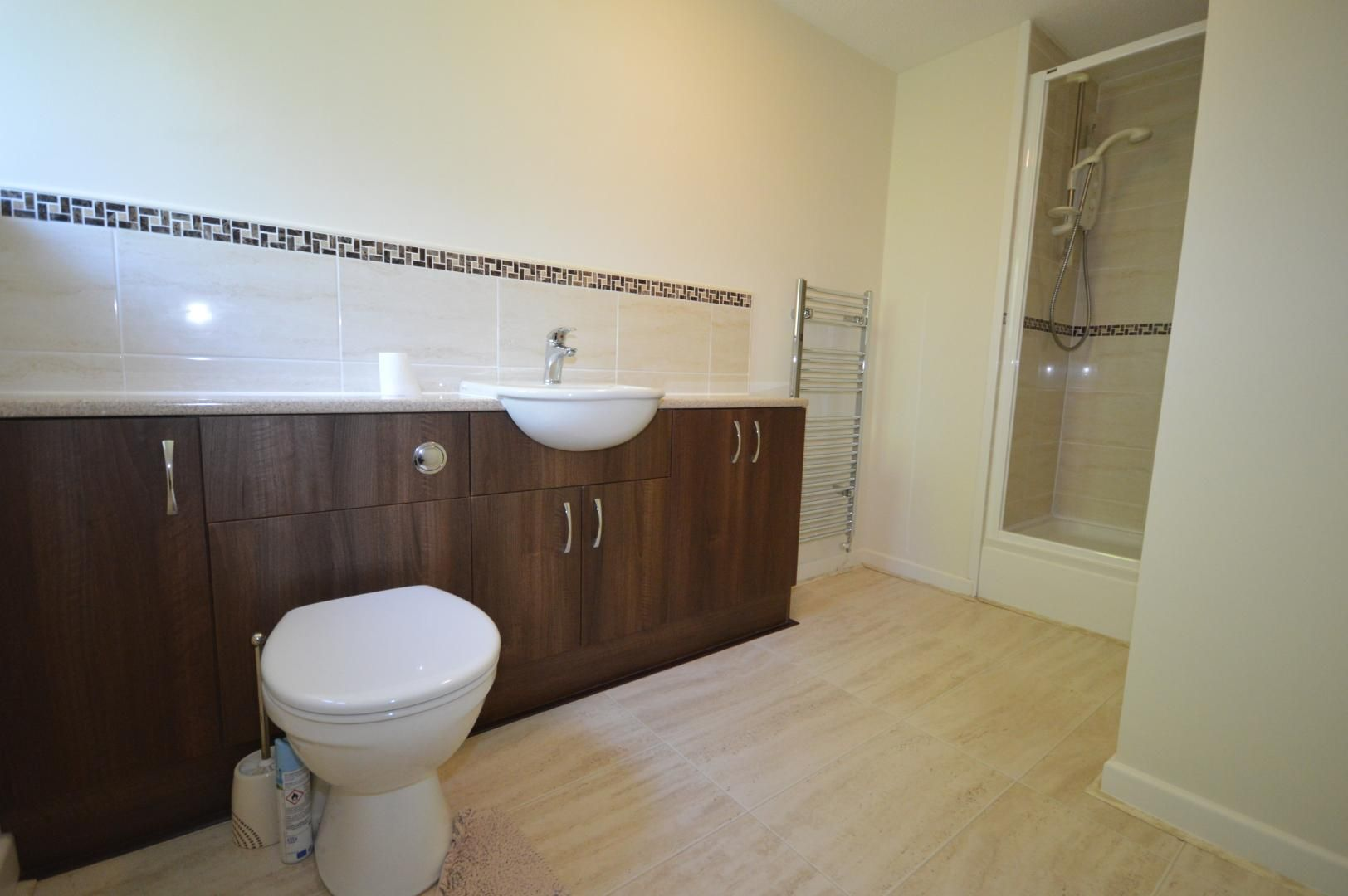3 bed house to rent  - Property Image 13