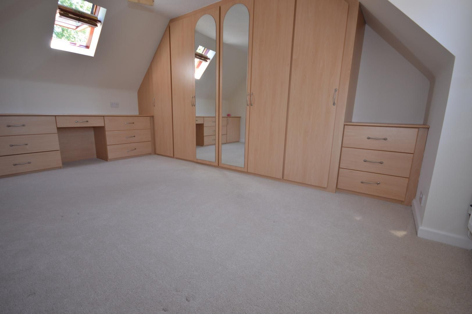 3 bed house to rent  - Property Image 9