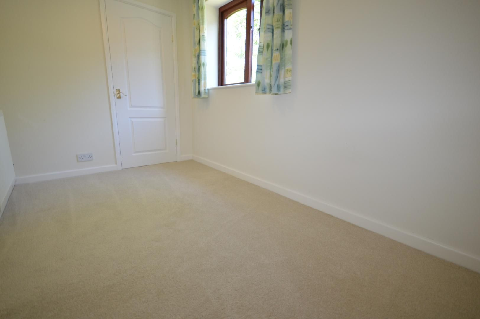 3 bed house to rent 10