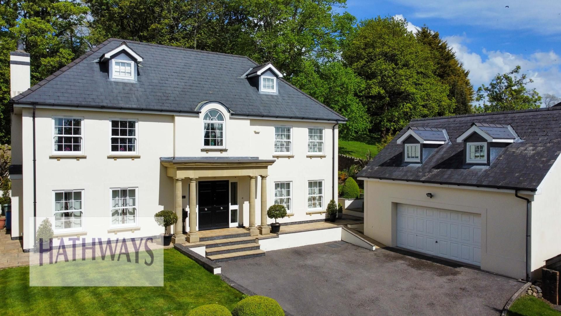 5 bed house for sale in Highfield Close - Property Image 1