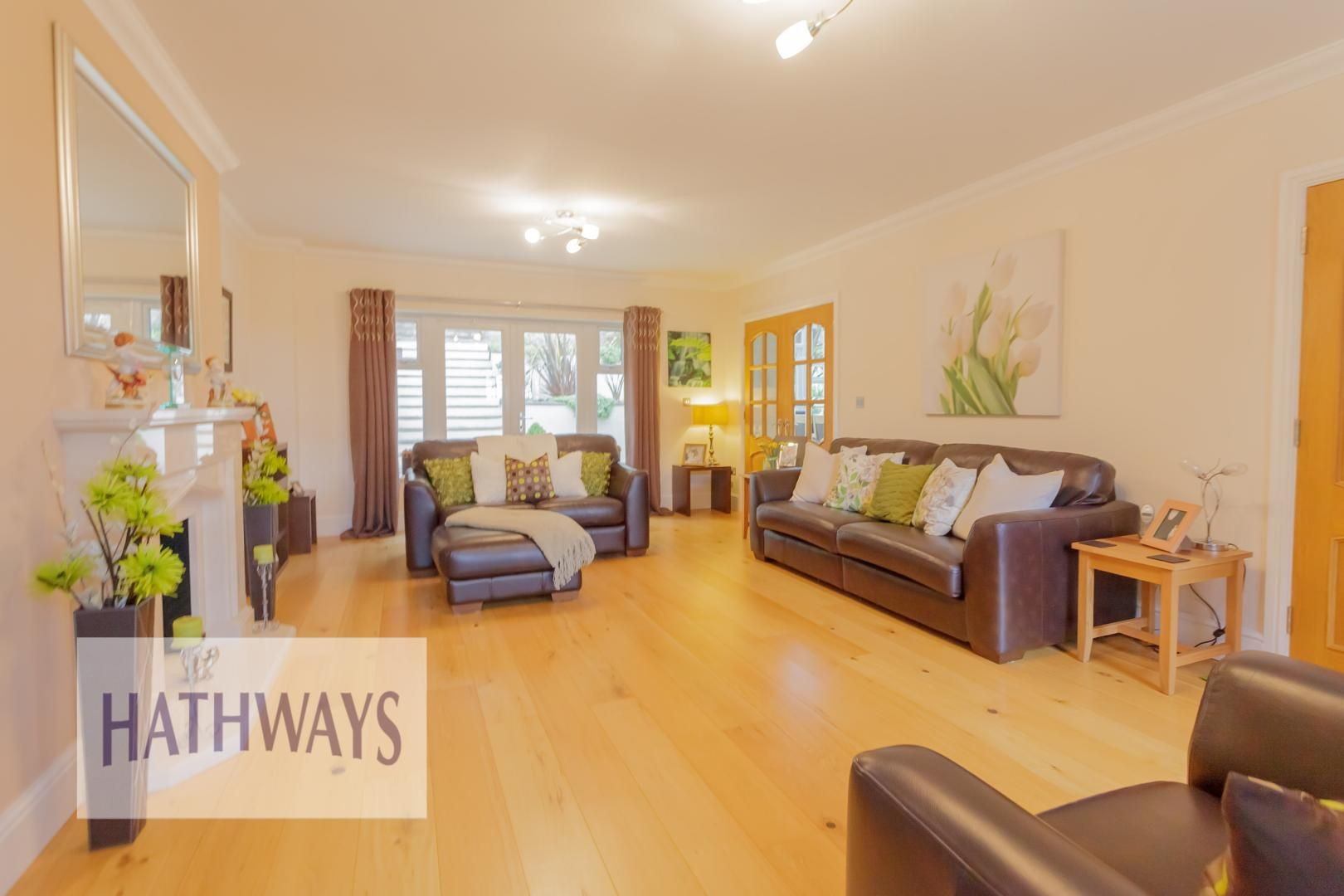 5 bed house for sale in Highfield Close 11