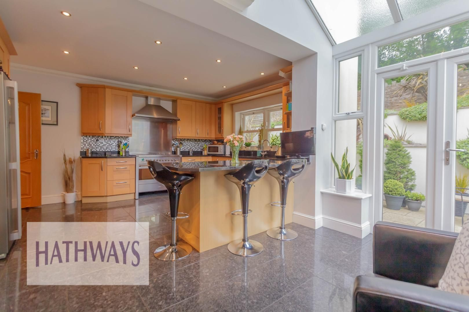 5 bed house for sale in Highfield Close 21