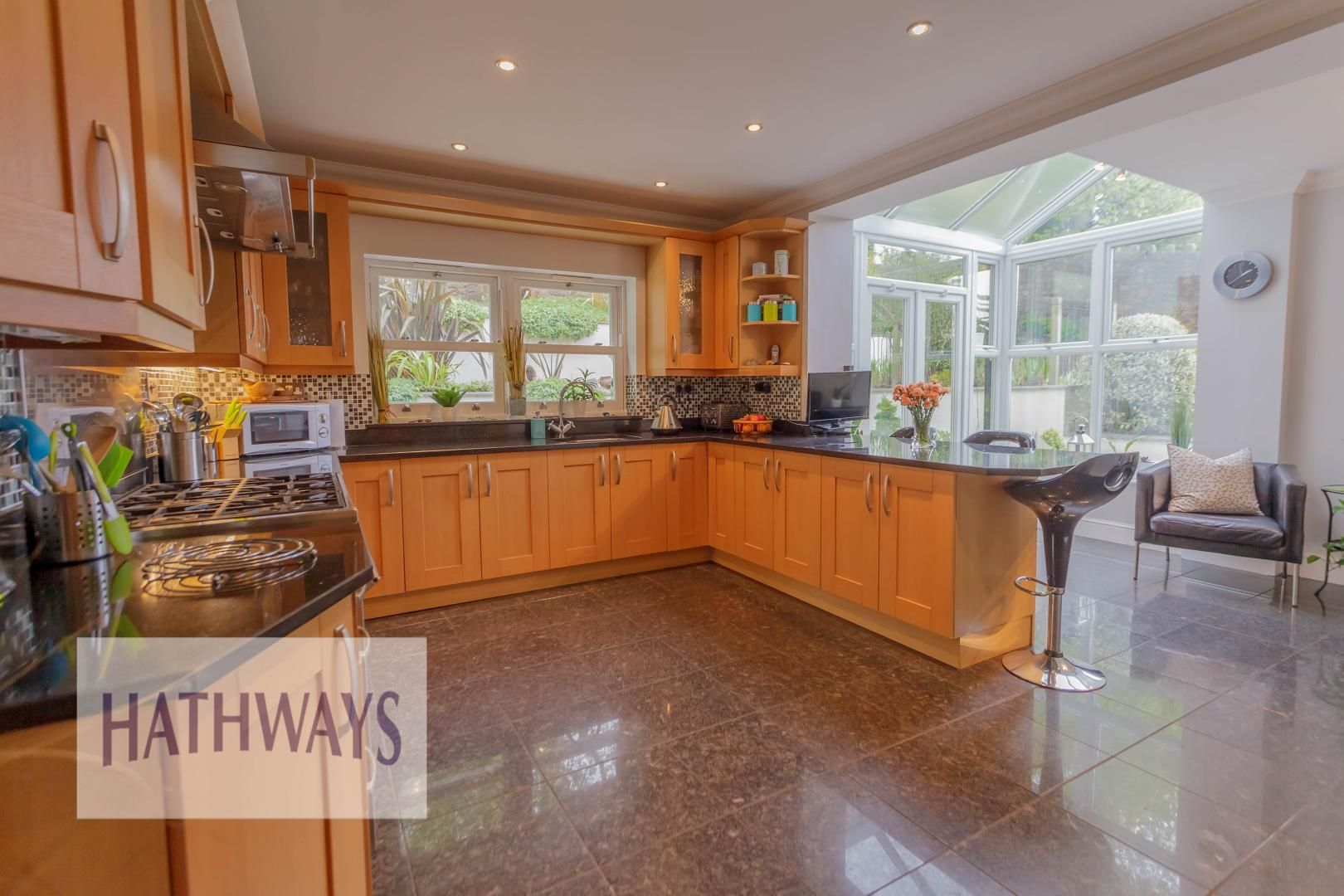5 bed house for sale in Highfield Close 22