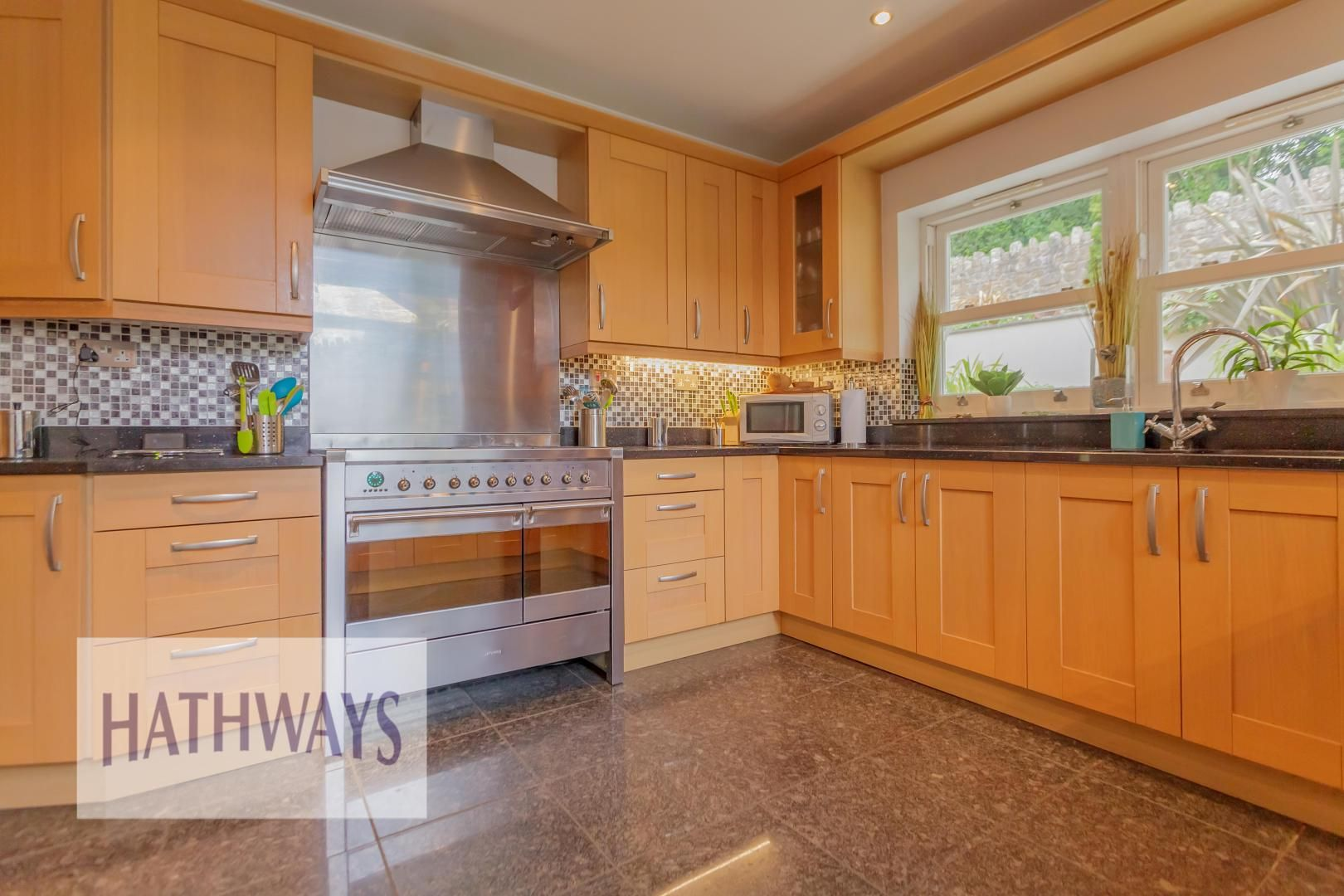 5 bed house for sale in Highfield Close 23
