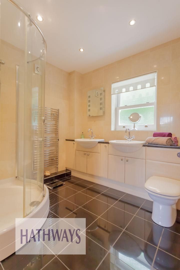 5 bed house for sale in Highfield Close 31