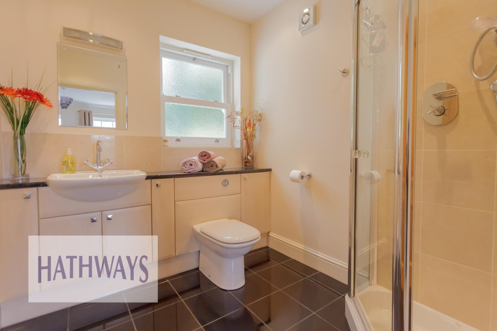 5 bed house for sale in Highfield Close  - Property Image 37