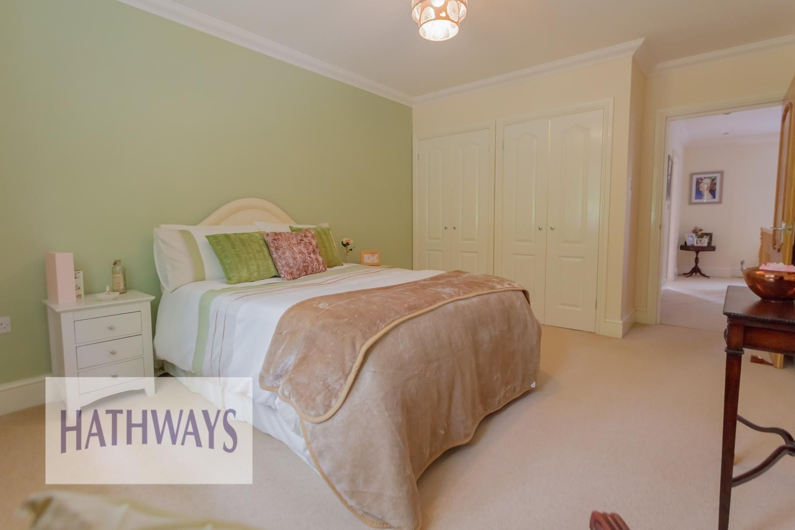 5 bed house for sale in Highfield Close  - Property Image 39