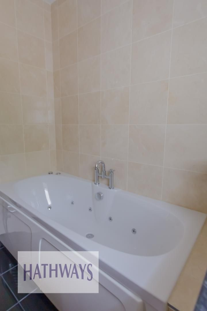 5 bed house for sale in Highfield Close  - Property Image 46