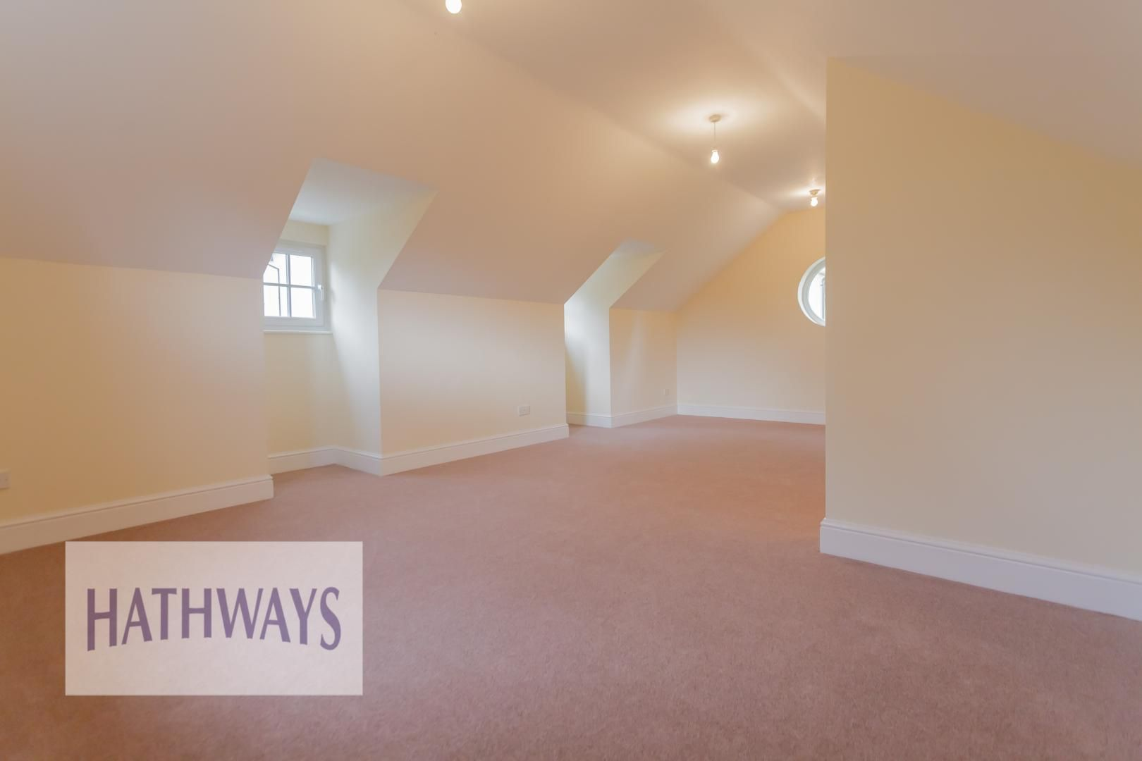 5 bed house for sale in Highfield Close 54