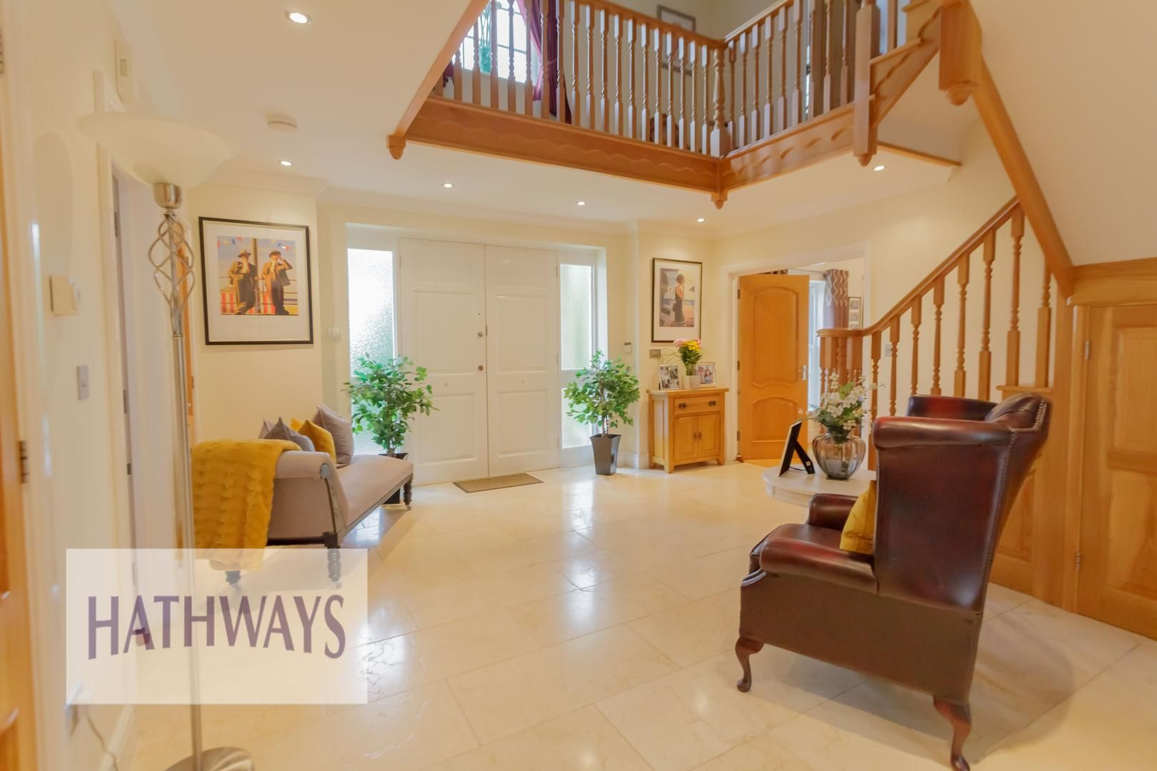 5 bed house for sale in Highfield Close  - Property Image 9