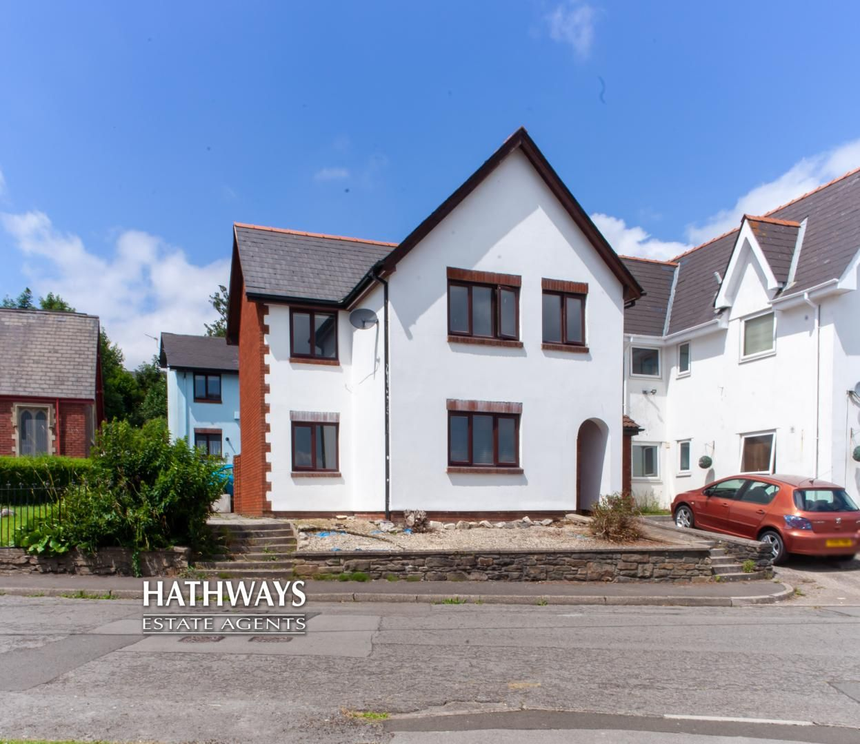 3 bed house for sale in St Oswalds Close, NP4