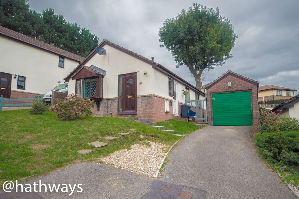 2 bed bungalow for sale in Beechleigh Close