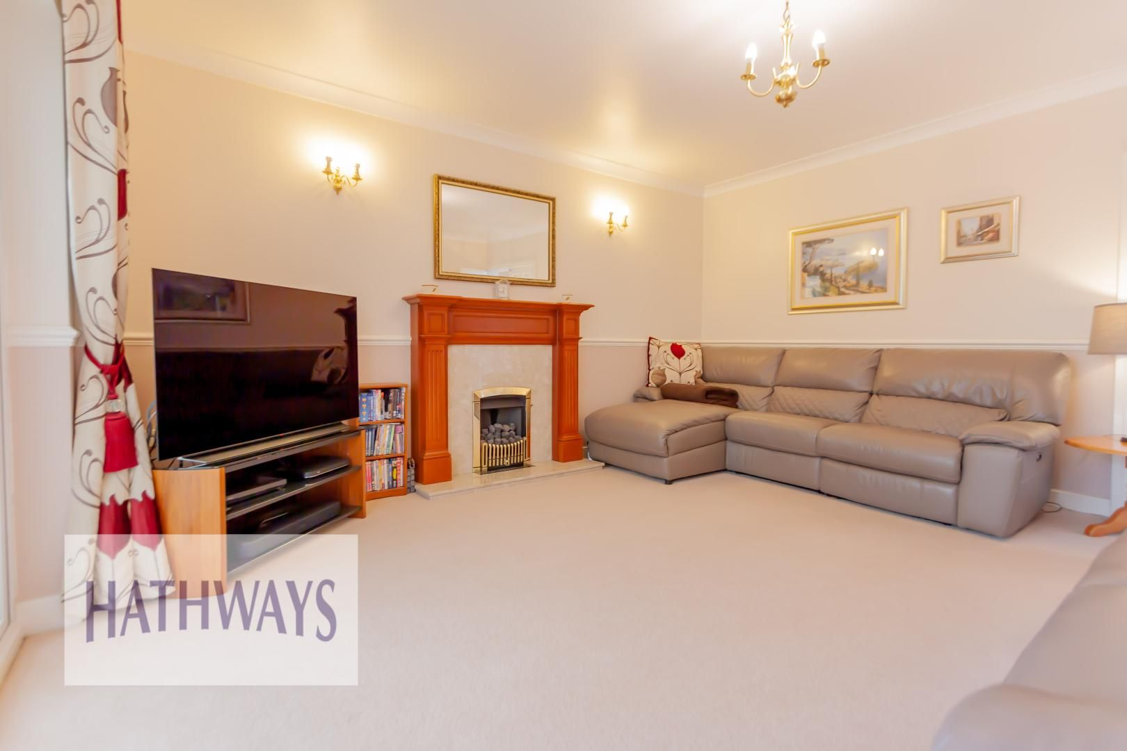 4 bed house for sale in Lansdowne Gardens  - Property Image 2