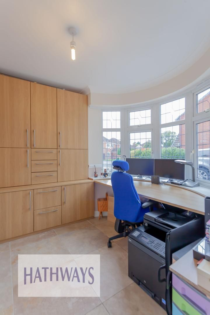 4 bed house for sale in Lansdowne Gardens  - Property Image 32